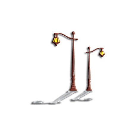 B130 / Colonial Lamp Post
